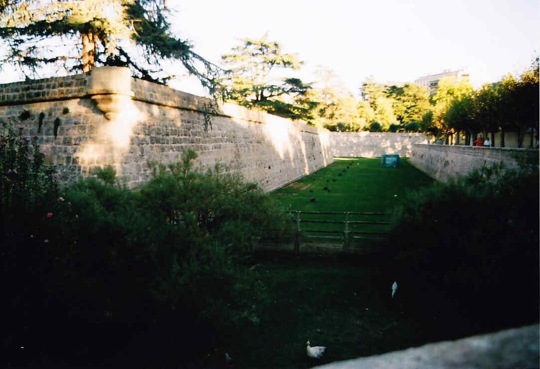 Paseo por las murallas de Pamplona El frente Oeste