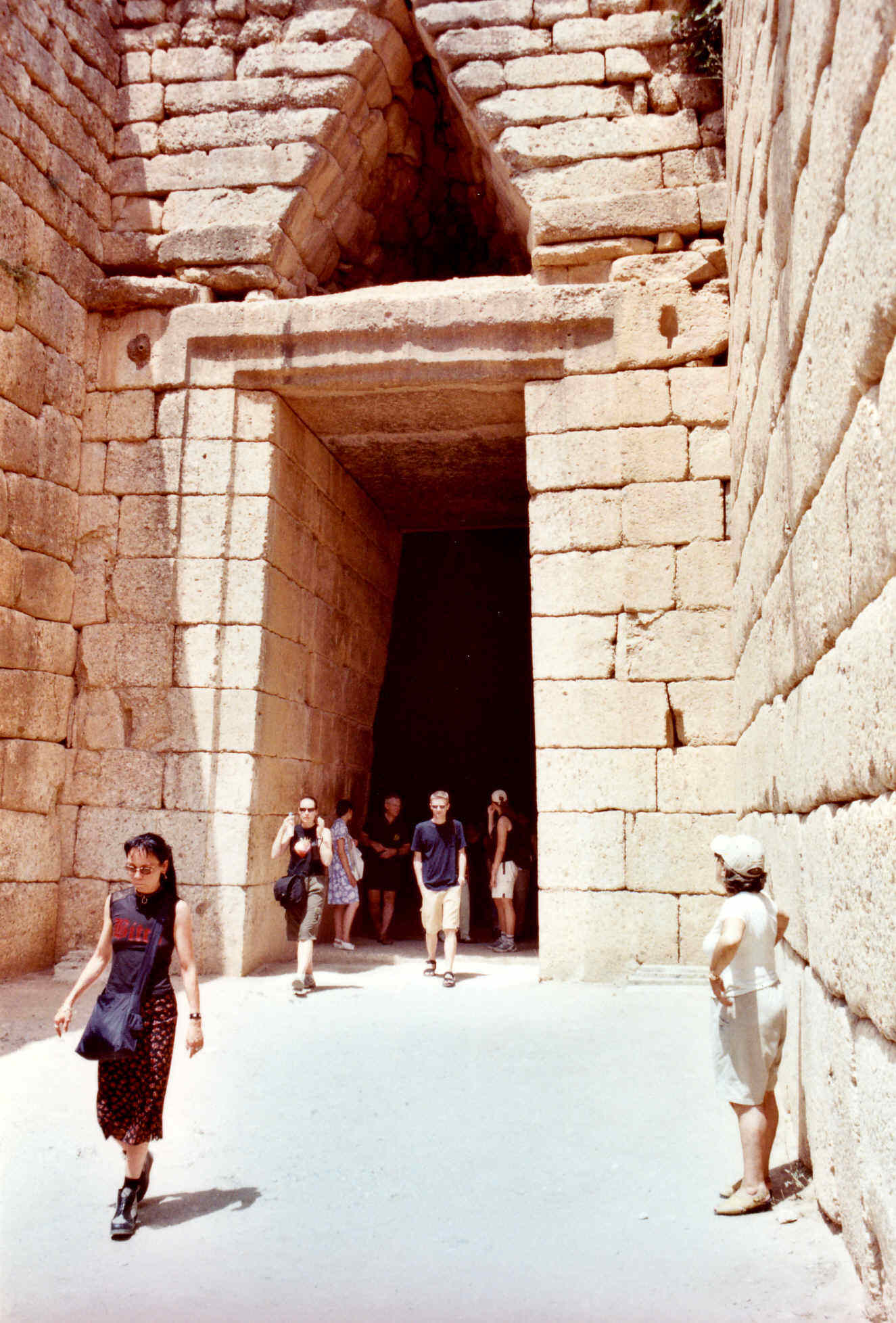 Micenas y la tumba de Atreo en Grecia clásica 11