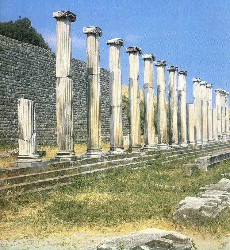 Viaje al Pérgamo del 200 Mundo helenístico 29
