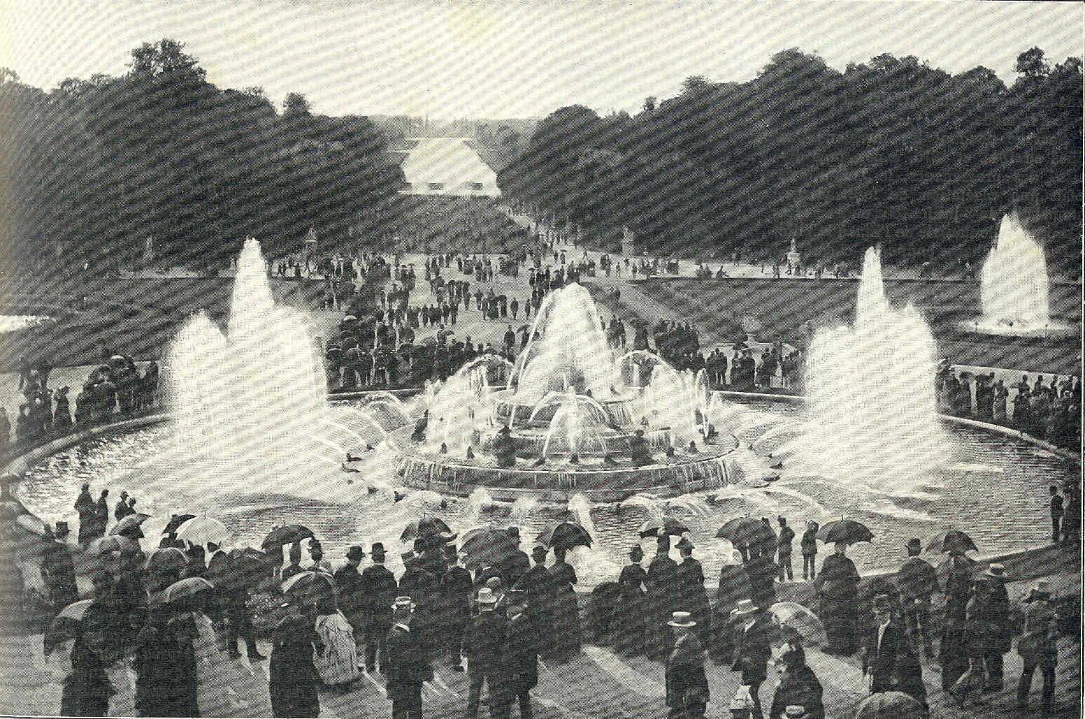 El nacimiento de París 32 Versalles Política cultural y exterior
