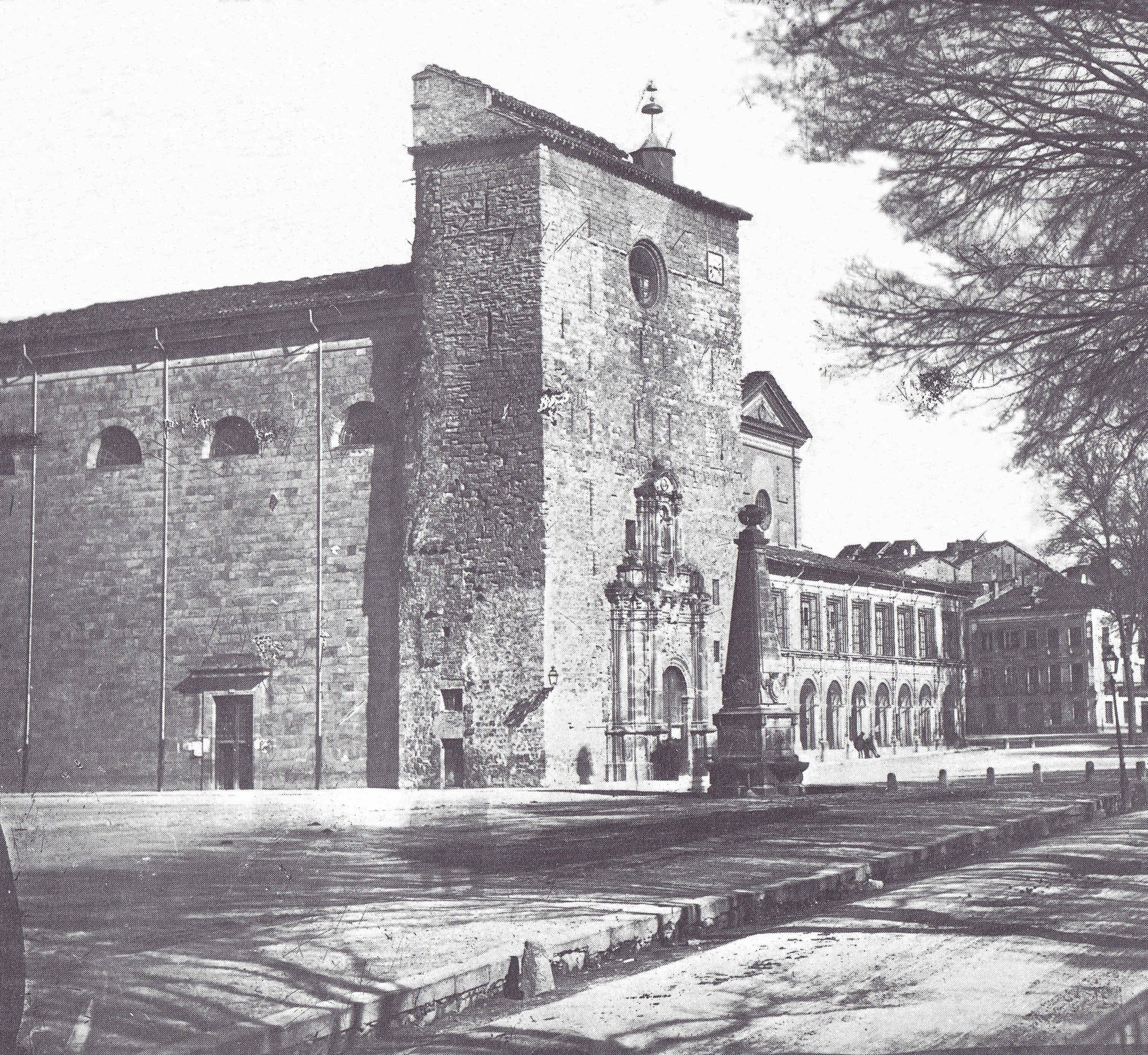 Pamplona 1900 Iglesia de San Lorenzo 1