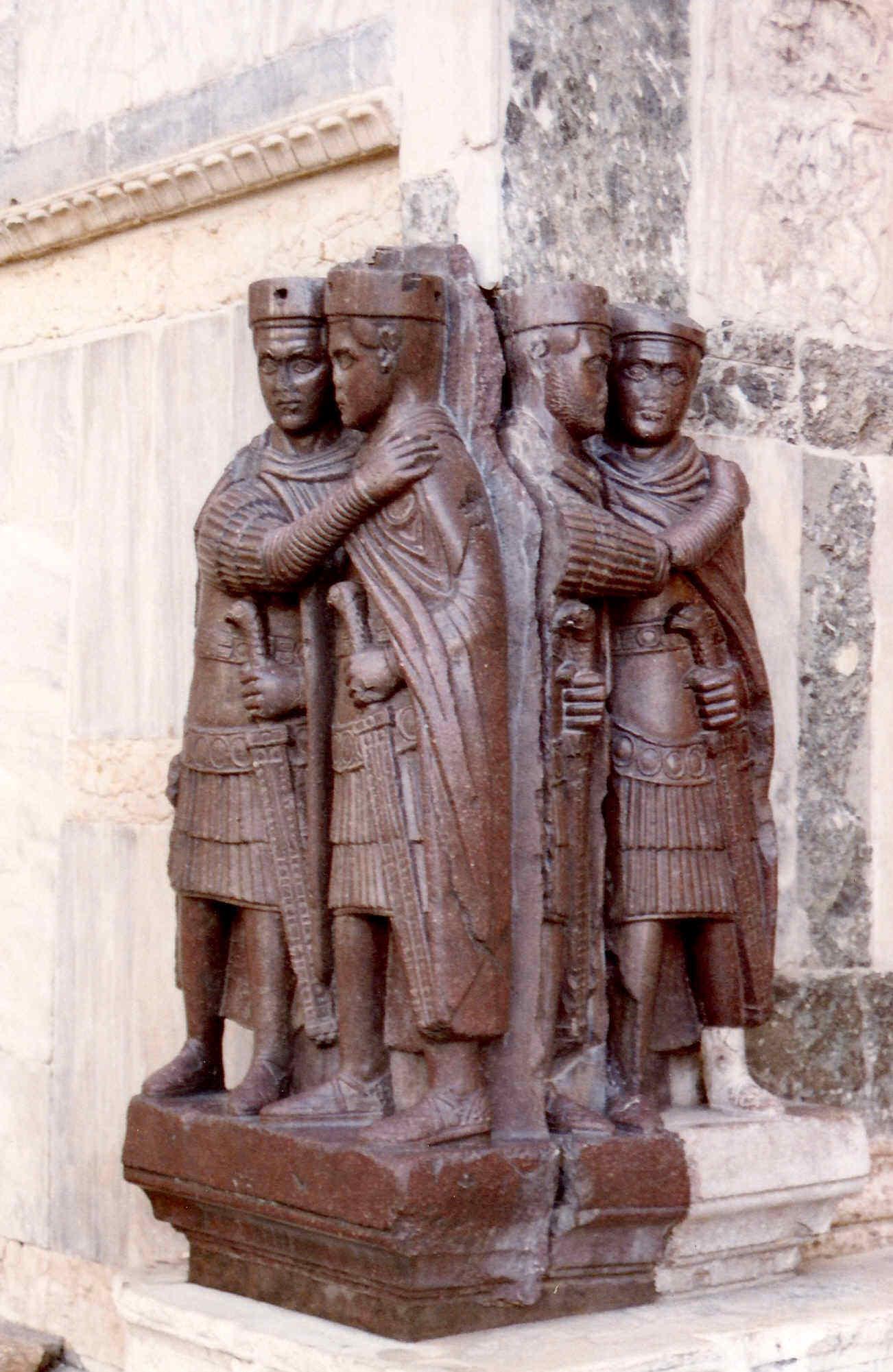 Anacronismo salvajeLas persecuciones de Constancio Cloro padre de Constantino