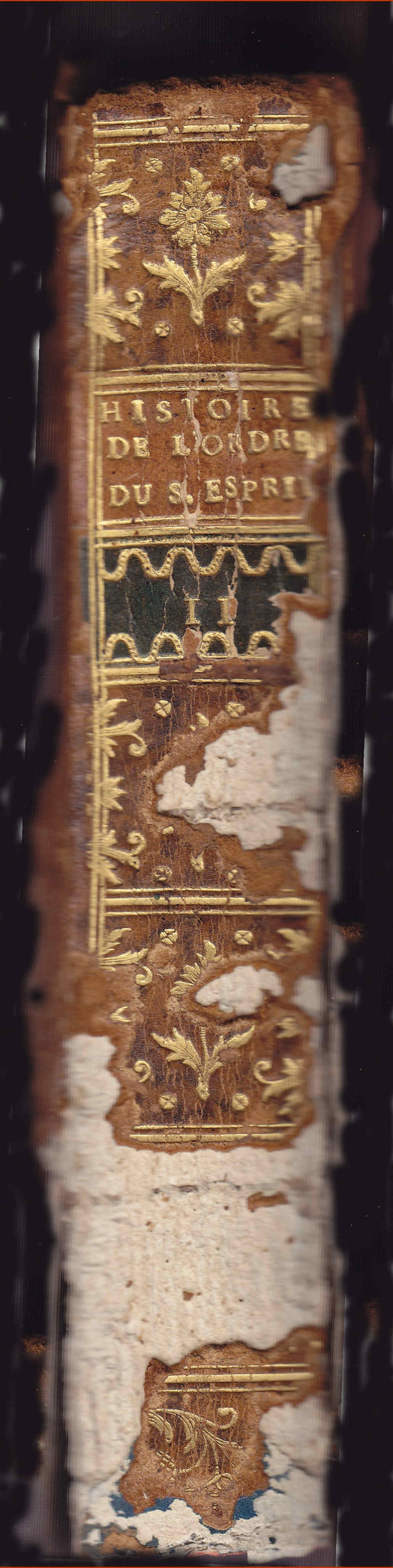 Restauración de libro antiguo y Saint Esprit Inicio del proceso