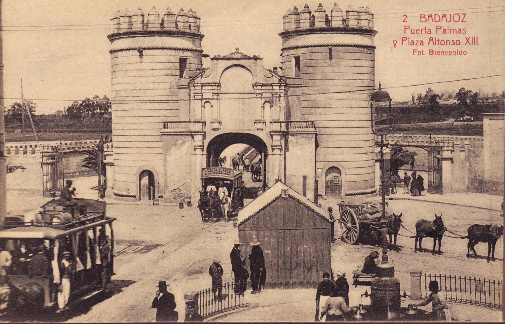 Badajoz Sus murallas a principios del siglo XX